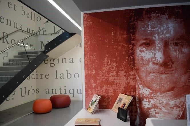 Vue d'une salle du musée Médard